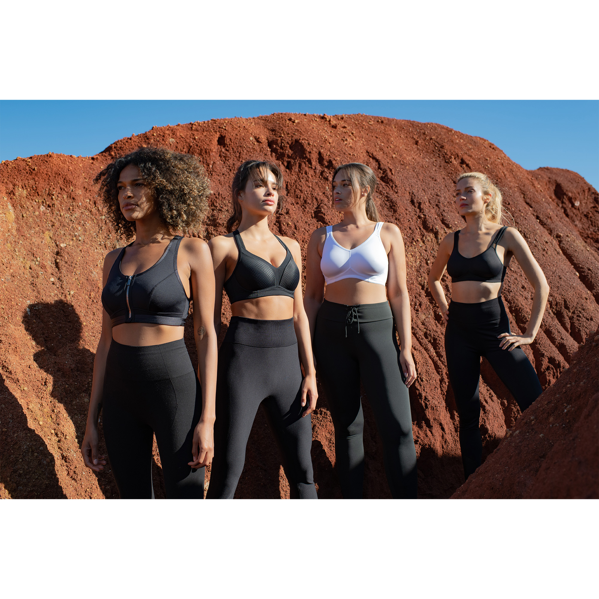 D000249 | EXTREME NON PADDED SPORTS BRA